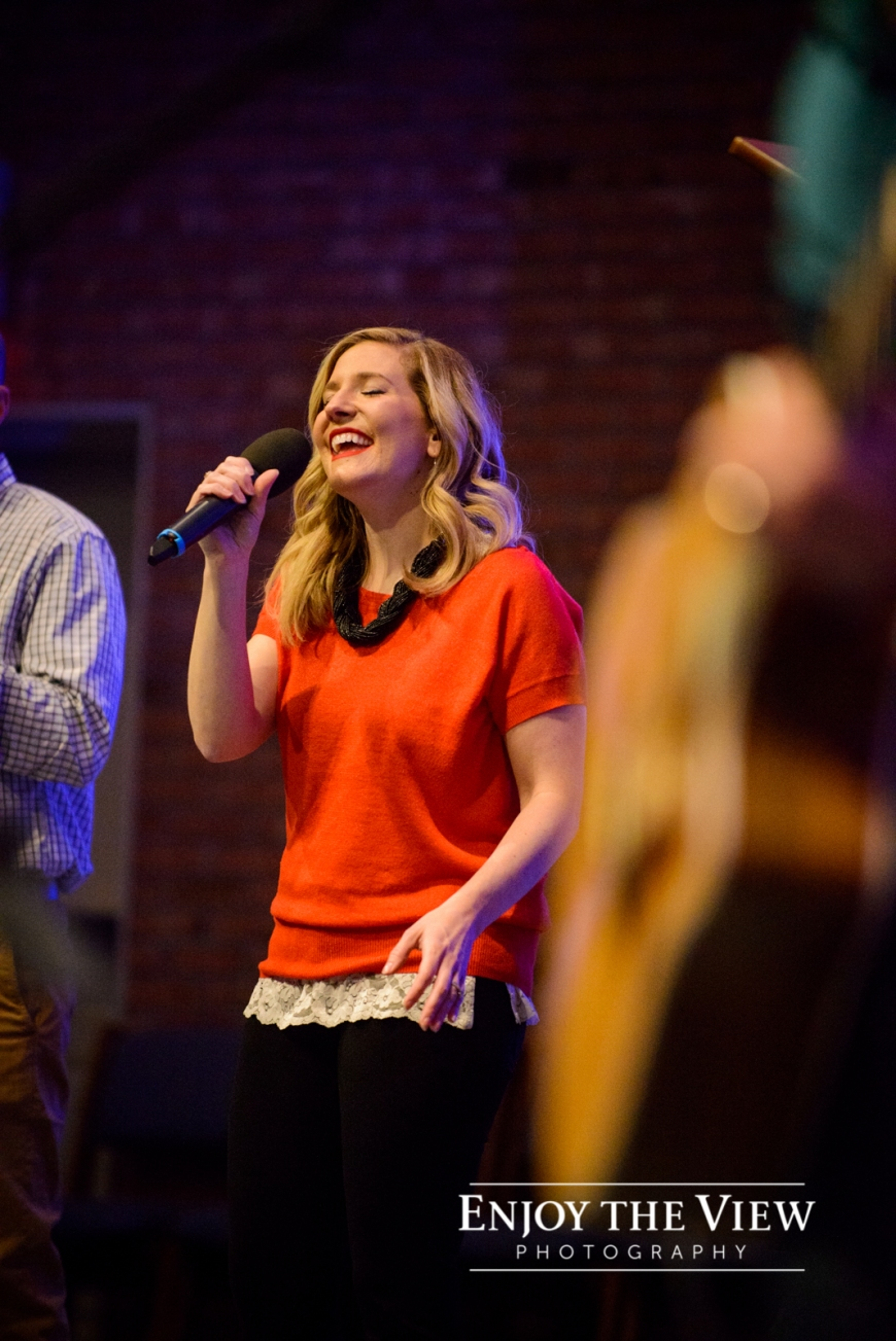 singers in worship band